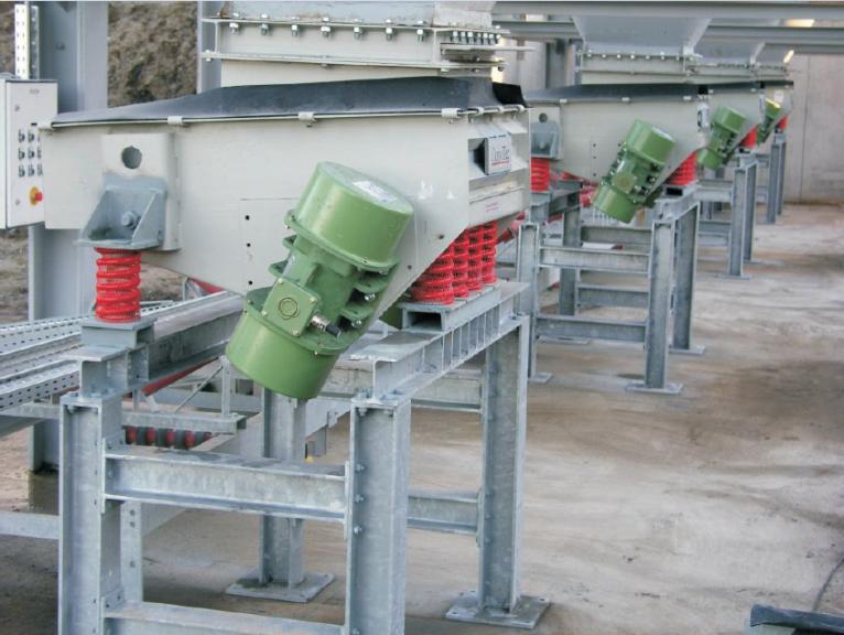 Hopper discharge conveyors